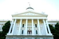 圖為加州首府沙加緬度國會大樓。