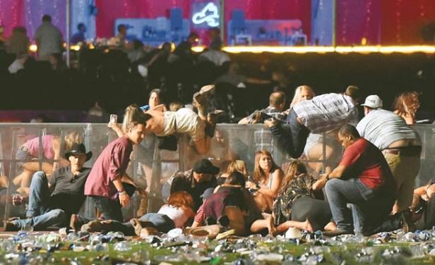 民眾來不及逃跑橫躺街頭
