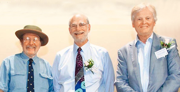 2017年諾貝爾醫學獎左起傑弗里‧霍爾、麥可‧羅斯巴什、麥可‧揚。