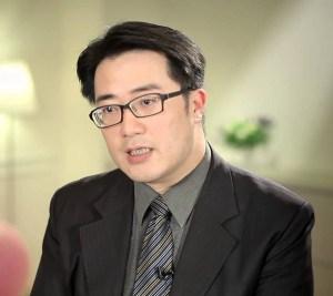 陳亮恭醫師