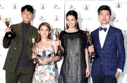 蔡凡熙(左起)、郭書瑤、李千娜、導演陳和榆合影。p1181-a8-08