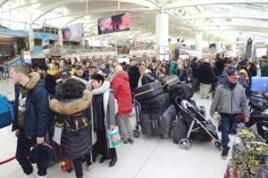 航班停飛旅客滯留機場