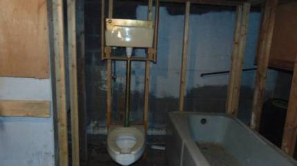 post 358 crapper