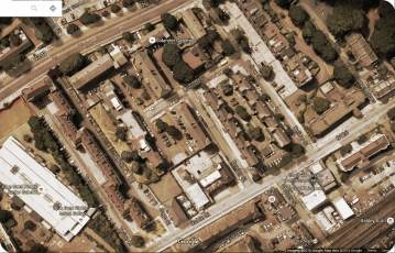 Aerial view of area off Dellow Road in 2016, showing 1896 and later developments. Chi Ki's den was probably in the area now called Solander Gardens. Source: Google Earth