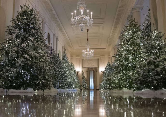 The Cross Hall Are Decorated With Nuter Suite Theme Is Seen During A Media Preview Of 2017 Holiday Decorations At White House In