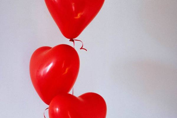 heart balloons image for whatsapp dp