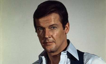 Sir Roger Moore 007 passes away aged 89