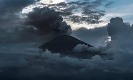 The Mount Agung volcano, on the Indonesian island of Bali, has erupted for a second time in less than a week, firing a column of ash 3.5KM into the air.