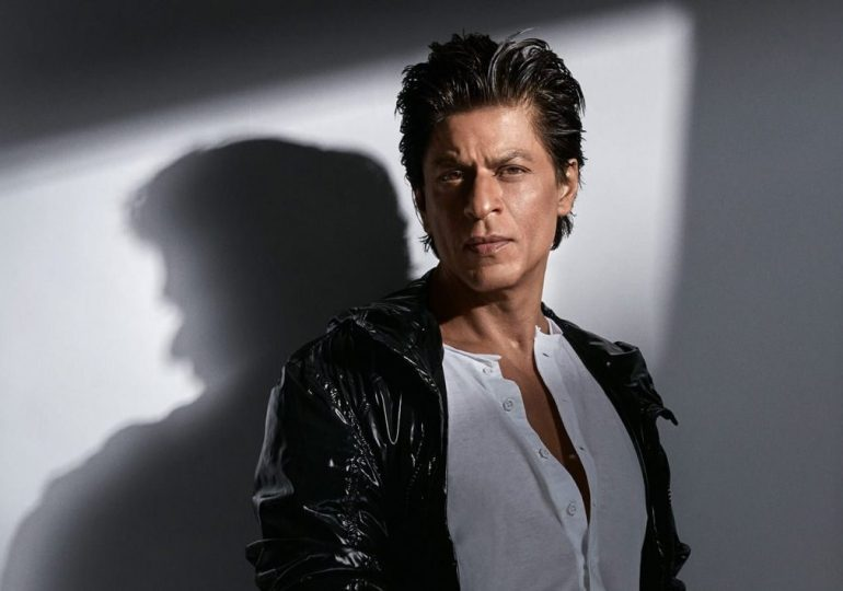 Shah Rukh Khan Posts a New Video on Twitter to Thank 33 Million Fans