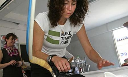 Minnie Driver quits Oxfam ambassador role