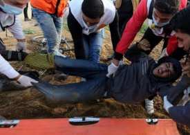 Gaza teen killed in Israeli fire during border protest