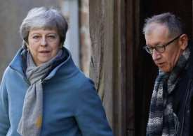 PM May set to announce her resignation as Brexit failure has no solution