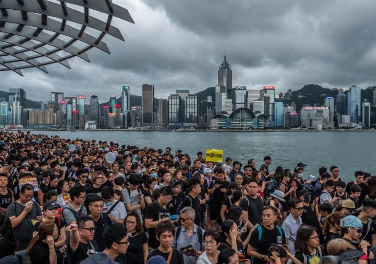 Thousands march in Hong Kong over controversial extradition bill