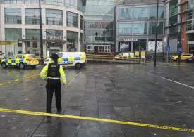 Five People stabbed in Manchester city centre