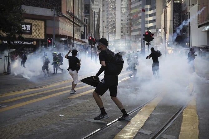 Hong Kong becomes a battleground as night falls