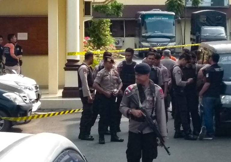 Suspected suicide bombing at police headquarters in Indonesia's Medan