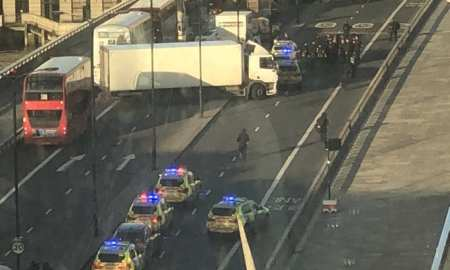 London Bridge has been cleared and sealed off after shots were heard in the area.