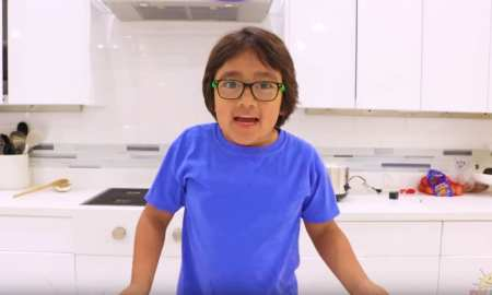 eight year old youtuber earns £19m