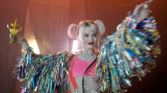 margot robbie wants men to watch female led movies
