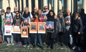 Deaf survivors of clergy sexual abuse protest in Vatican