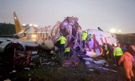 A plane carrying 177 passengers skidded off the runway at an Istanbul airport and split into two after landing