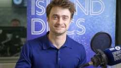 Daniel Radcliffe praises his parents, talks childhood fame