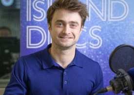 Daniel Radcliffe praises his parents, talks substance abuse