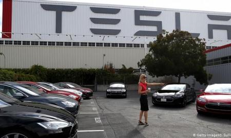 Tesla CEO Elon Musk has threatened to pull production and the firm's headquarters out of California