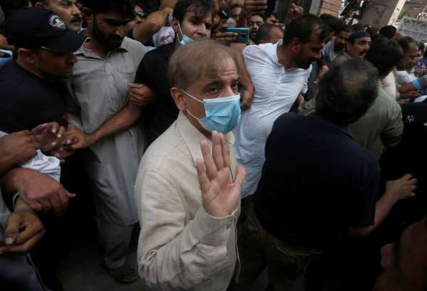 Pakistan arrests opposition leader ahead of planned protest
