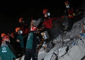 Search for survivors after deadly earthquake in Greece & Turkey Earthquake
