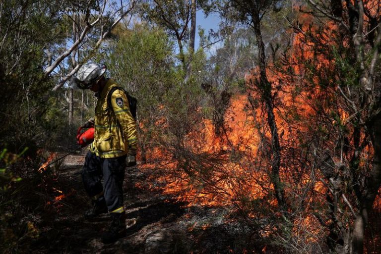 Australia forecasts prolonged wildfire seasons, more droughts from climate change