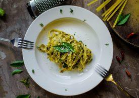 2 quick and easy vegetarian pasta recipes