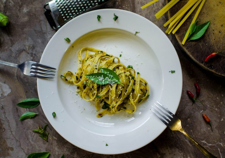2 quick and easy vegetarian pasta recipes