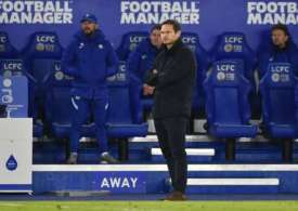 Lampard under pressure as Foxes go top