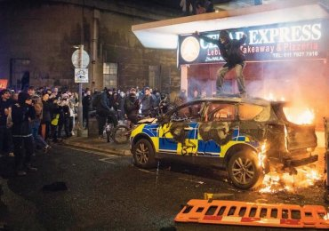 Latest Bristol policing protest culminates in 14 arrests