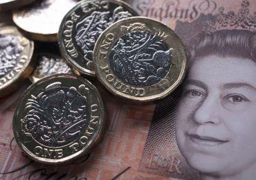 Sterling rises as speedy vaccine rollout creates optimism