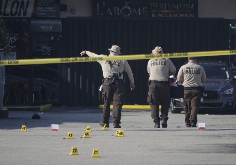 Florida shooting: 2 dead, more than 20 injured