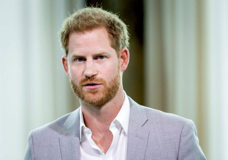 Woman goes to court, wants Prince Harry arrested for not marrying her