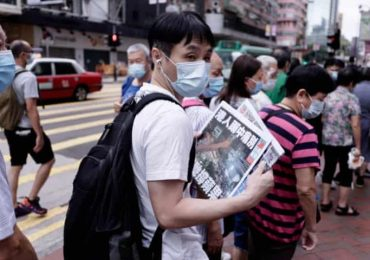 'Painful farewell': Hongkongers queue for hours to buy final Apple Daily edition