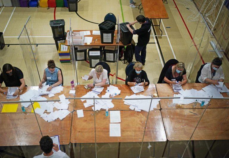 Lib Dems win Chesham and Amersham byelection in stunning upset