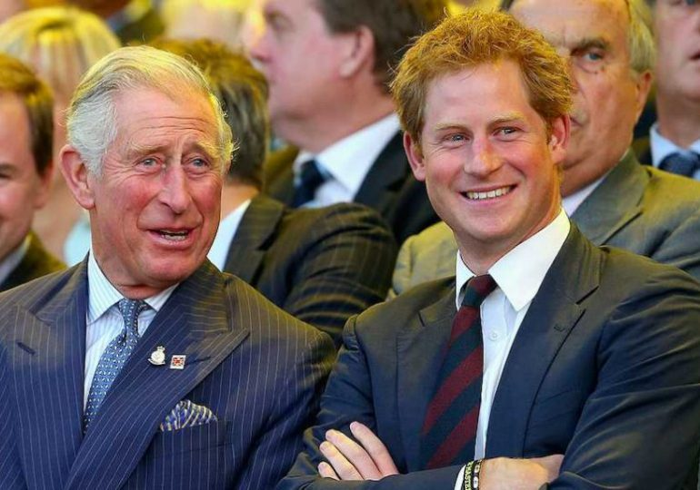 Prince Charles and Prince Harry in 'regular contact', sources reveal