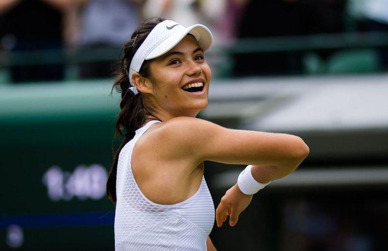 Rashford and Murray leap to Emma Raducanu's defence after Wimbledon withdrawal
