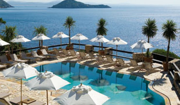 The luxury hotel where Harry Styles and Olivia Wilde are enjoying their loved-up holiday
