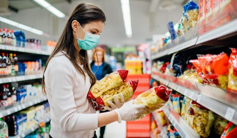 Pingdemic chaos: Shoppers told there is no need to panic buy