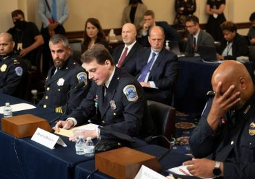 Cop recounts going to 'hell and back' as police testify on US Capitol riot