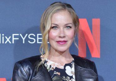 Actress Christina Applegate reveals MS diagnosis