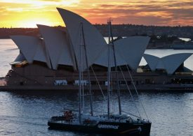 Sydney suffers worst day of pandemic with 262 cases and five deaths as Delta spreads north
