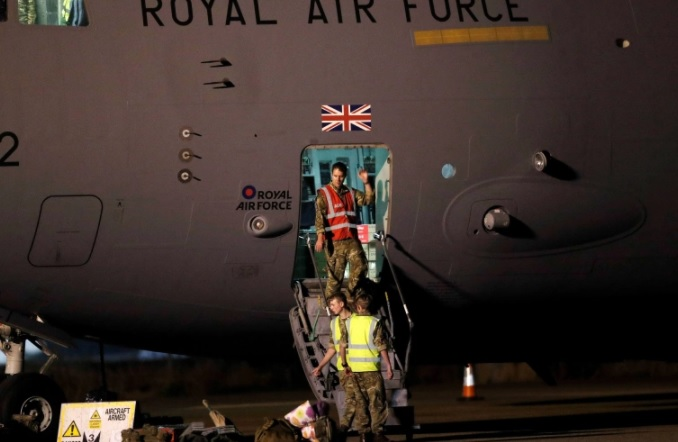 UK in talks with Taliban to evacuate British citizens, Afghans