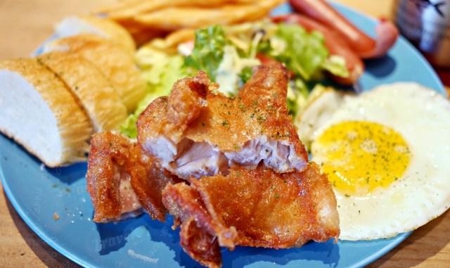 牧熊小館,台中巷弄裡的人氣早午餐,IG打卡熱點~餐點也很推薦 @吳大妮。Annie