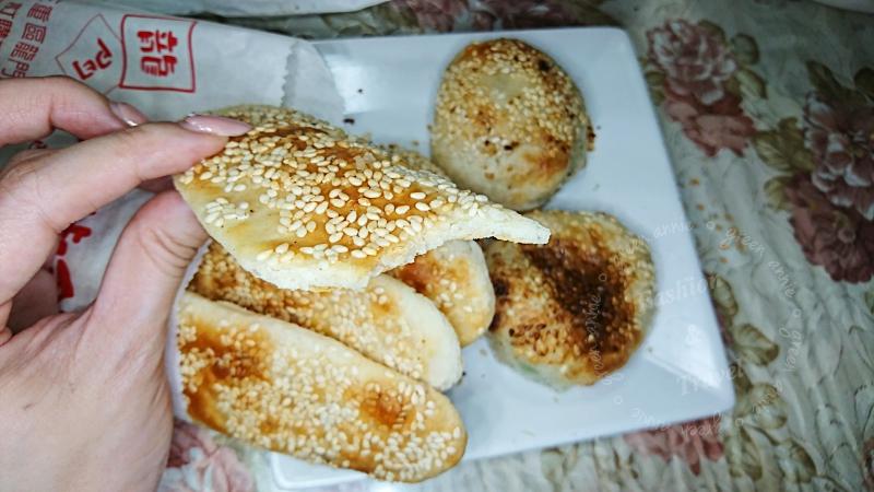 三重美食-龍門胡椒餅~賣了幾十年的排隊人氣老店@捷運三重國小站